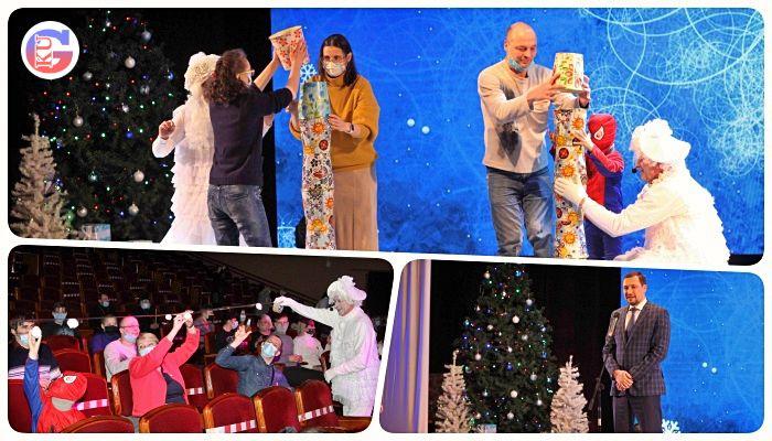 Традицию зажигать рождественскую свечу в Каменске-Уральском, зародившуюся более 20 лет назад, пришлось изменить.